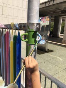 親子のフリーゾーン 子どものアトリエ 絵の具 色水コーナー