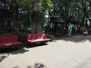 相模原 麻溝公園 ふれあい動物広場 鳥小屋近く