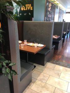 ブッフェレストラン テーブル