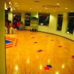 キッザニア東京 スポーツクラブ テニス チアリーディング