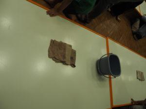 親子のフリーゾーン テーブル