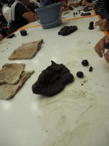 親子のフリーゾーン 土粘土遊び