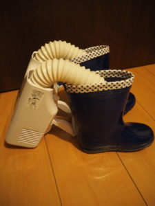 靴乾燥機 長靴を乾かす