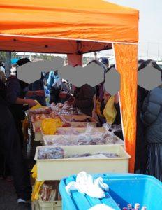 金沢漁港 海産物フェスタ パン販売